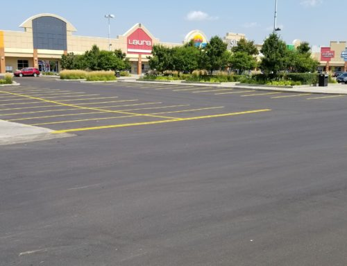 3 Ways to Tell if You Need Your Asphalt Paving Company's Help